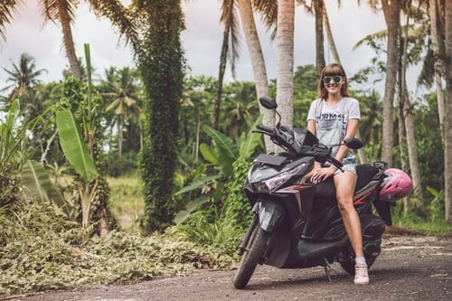 Motorcycle Girls- Proper Guide For Beginners
